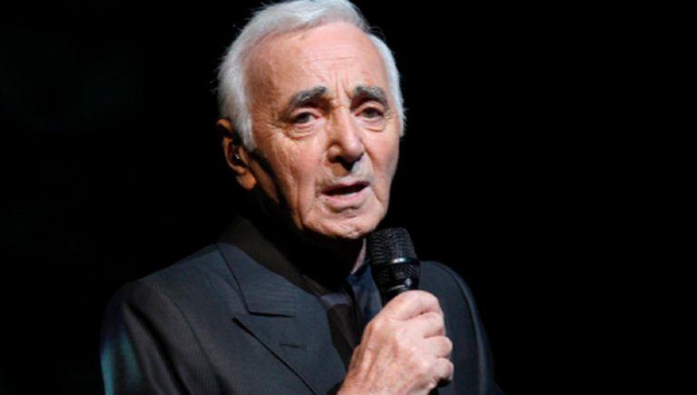 Charles Aznavour: el último de una casta que enamoró con su voz al mundo entero