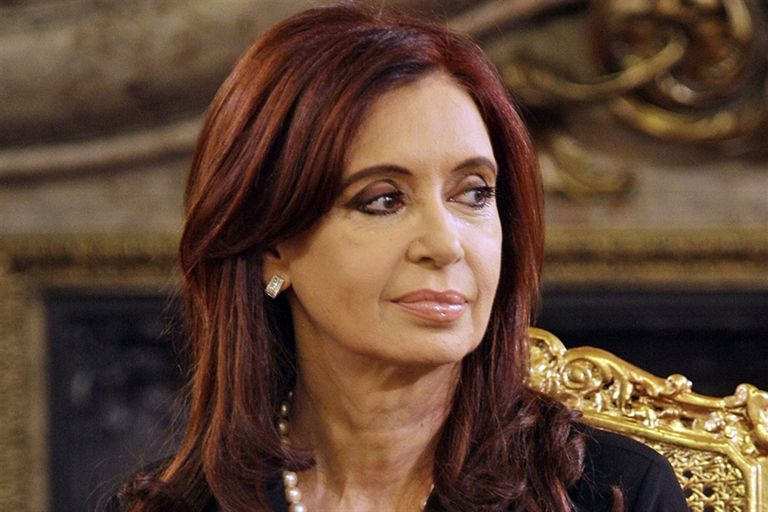 El kirchnerismo impulsa los acuerdos como un anticipo de una enventual unidad peronista en octubre; el último pacto fue en Entre Ríos