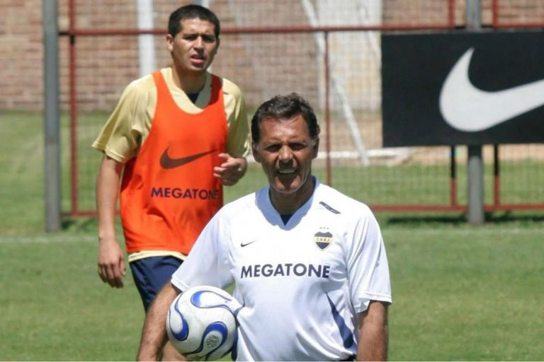 Russo y Riquelme: la sociedad para el éxito en la Libertadores 2007