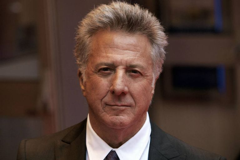 Cancelan serie de Dustin Hoffman tras muerte de tres caballos