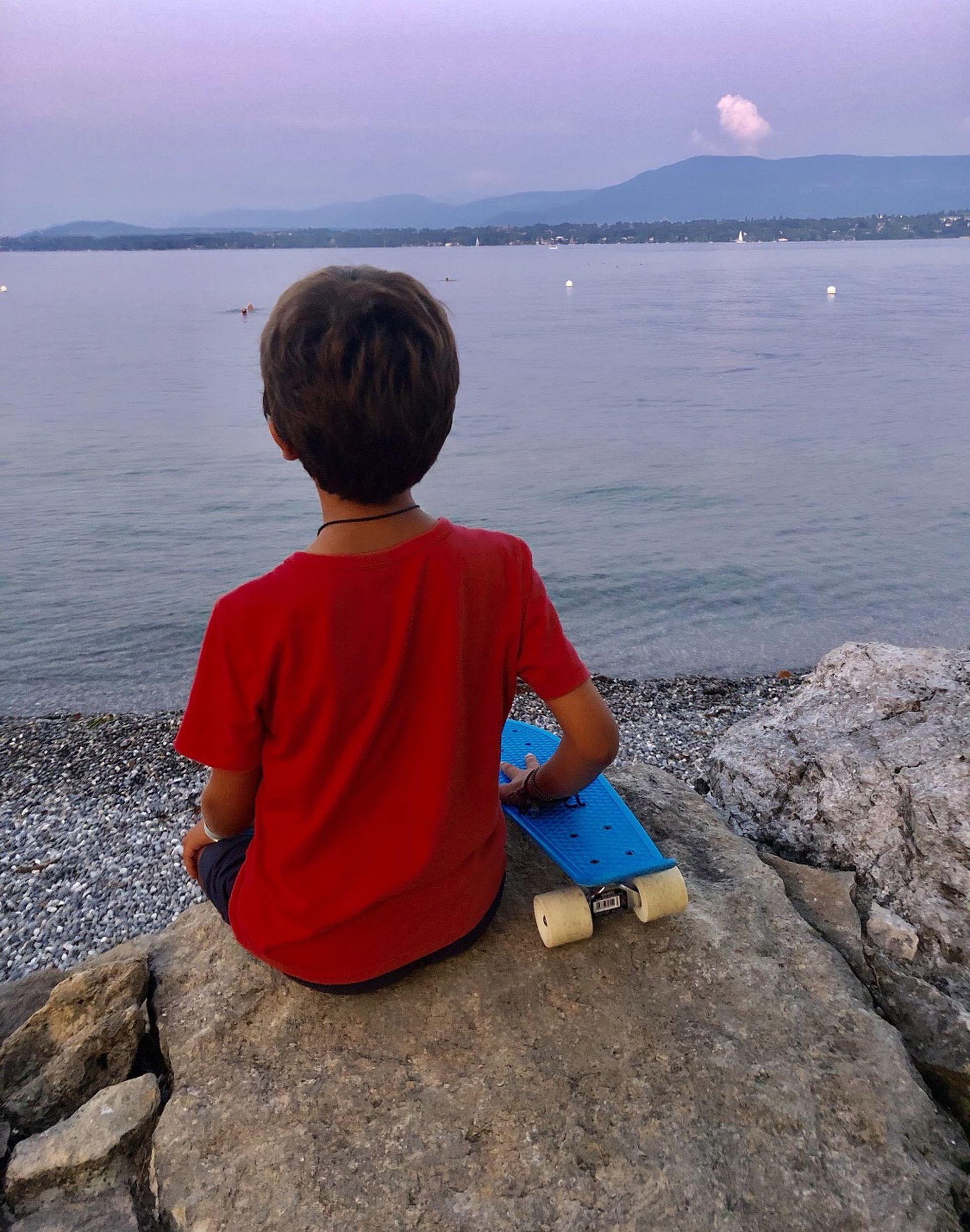 La familia disfruta a diario de la naturaleza en Ginebra.