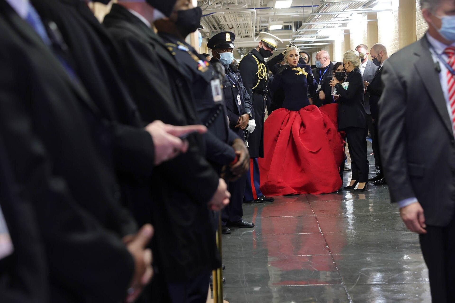 Lady Gaga se prepara para cantar el Himno Nacional en la inauguración del presidente electo de los Estados Unidos, Joe Biden