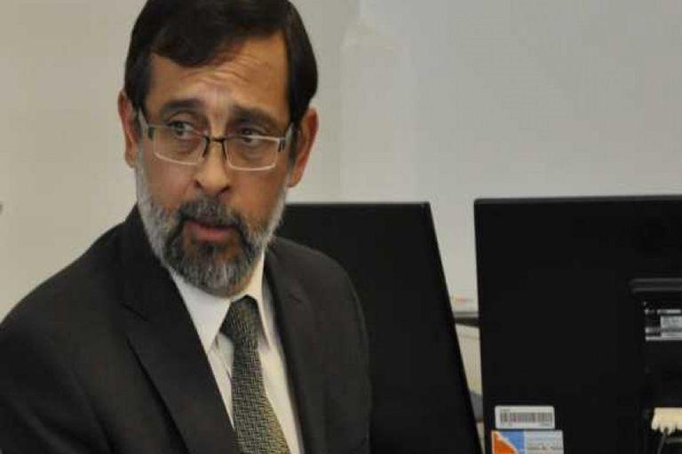 Fernando Rivarola es el Fiscal jefe de la ciudad de Rawson, Chubut y tras un acuerdo con la defensa benefició a los cinco acusados de violación