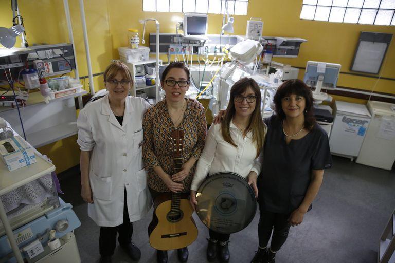 La investigación se desarrolla en el Hospital Fernández y en centros de Colombia, Polonia, Israel y Noruega; se usa siempre la misma melodía y en sesiones de 30 a 45 minutos