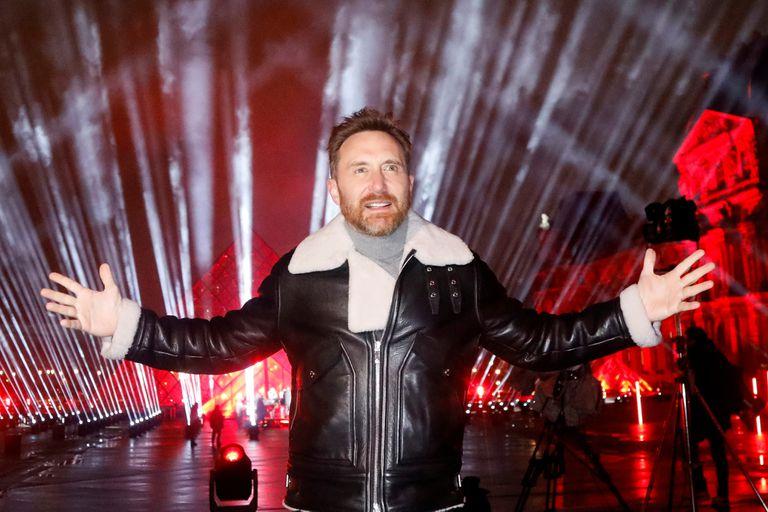 David Guetta da la bienvenida al 2021 con un show en el Louvre