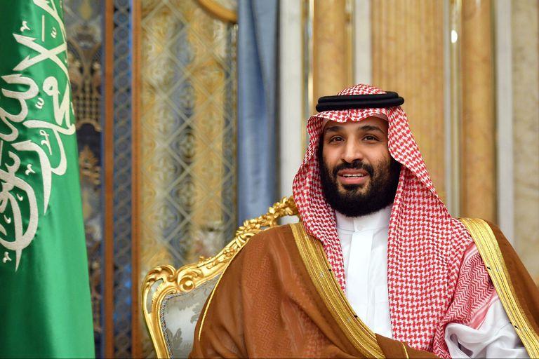 Los lujos del millonario príncipe saudí que quiere comprar el Newcastle
