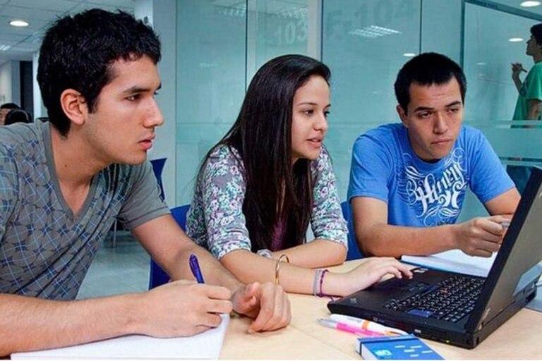 Más de un tercio de las universidades no cumplía condiciones básicas de calidad.