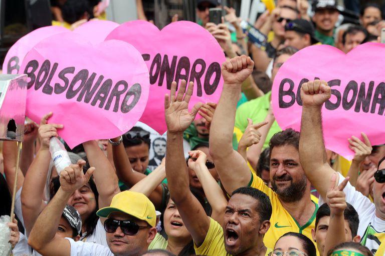 Elecciones en Brasil: Bolsonaro recibe un fuerte impulso en una nueva encuesta
