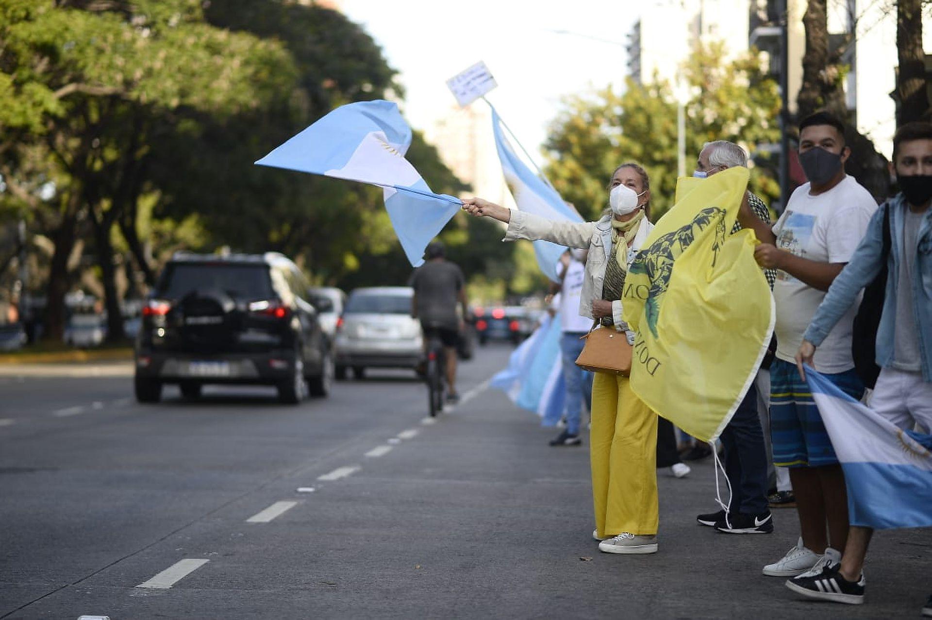 Protesta #17A frente a la quinta de Olivos