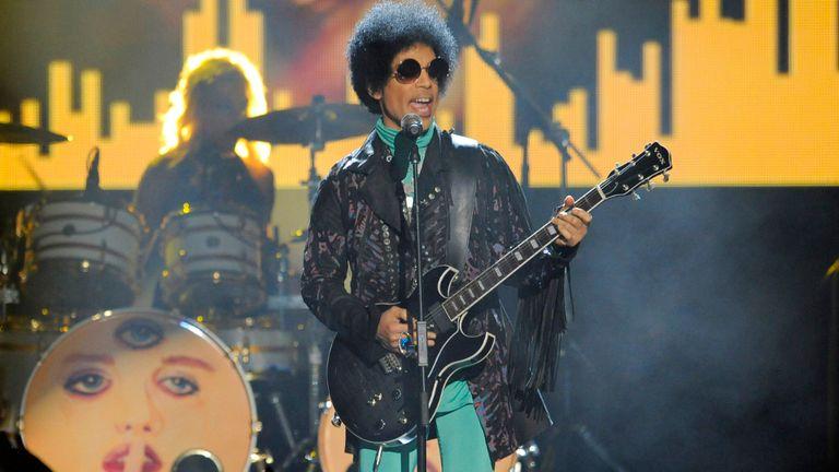 Prince aún no descansa en paz