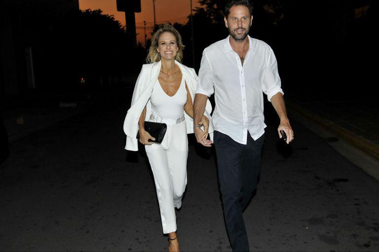 Así llegaban Mariana Fabbiani y Mariano Chihade a la celebración