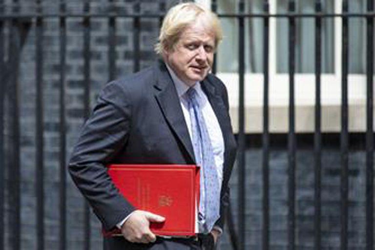 Empezó la campaña para suceder a May, con Johnson como favorito