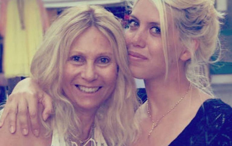 Ana Rosenfeld junto a su amiga Wanda Nara