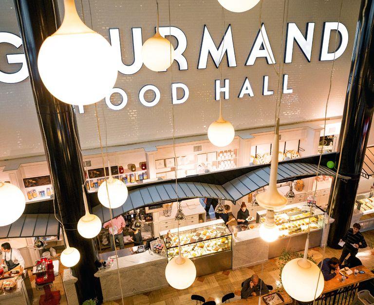 En Gourmand Food Hall la sed de sacia con fresquísimos jugos naturales y licuados