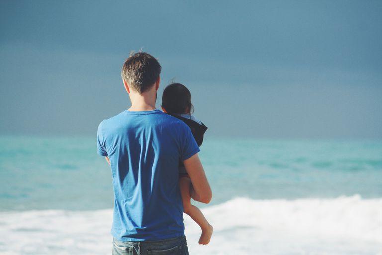 Su primer Día del Padre: cómo lo viven cuatro papás primerizos