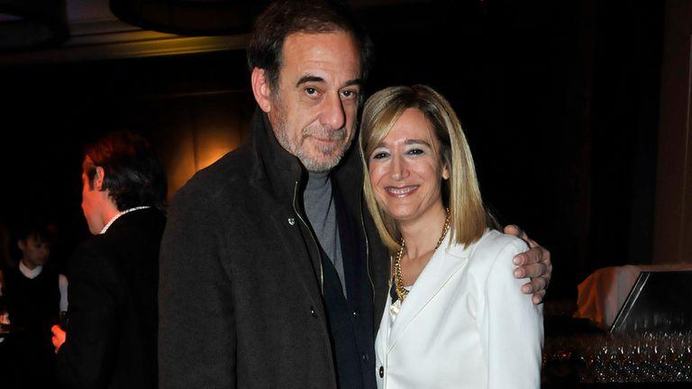 Alejandro Awada junto a la periodista Marcela Coronel. El actor se siente favorito y lo disfruta