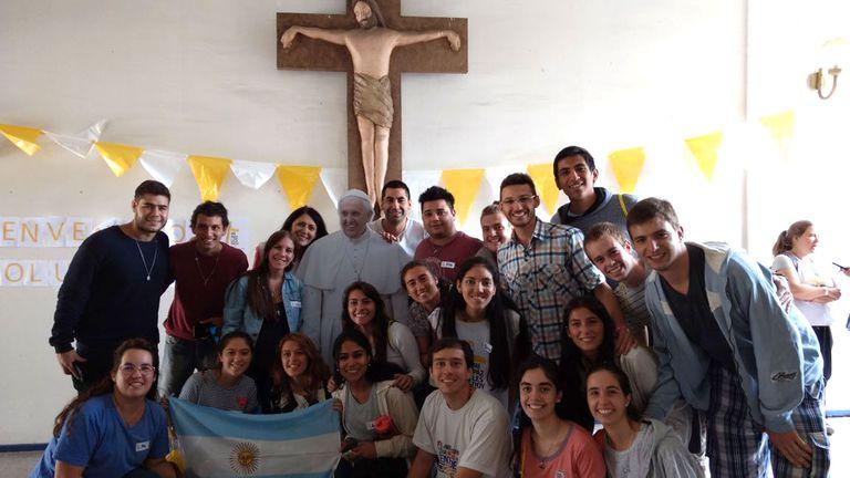 Parte del grupo de voluntarios argentinos