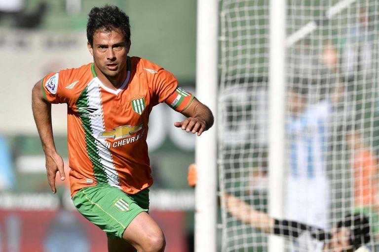 Darío Cvitanich no quiso ser una carga para Banfield y ya es jugador de Racing