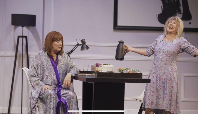 Soledad Silveyra y Verónica Llinás se lucen en esta comedia sobre los vínculos familiares y el paso del tiempo