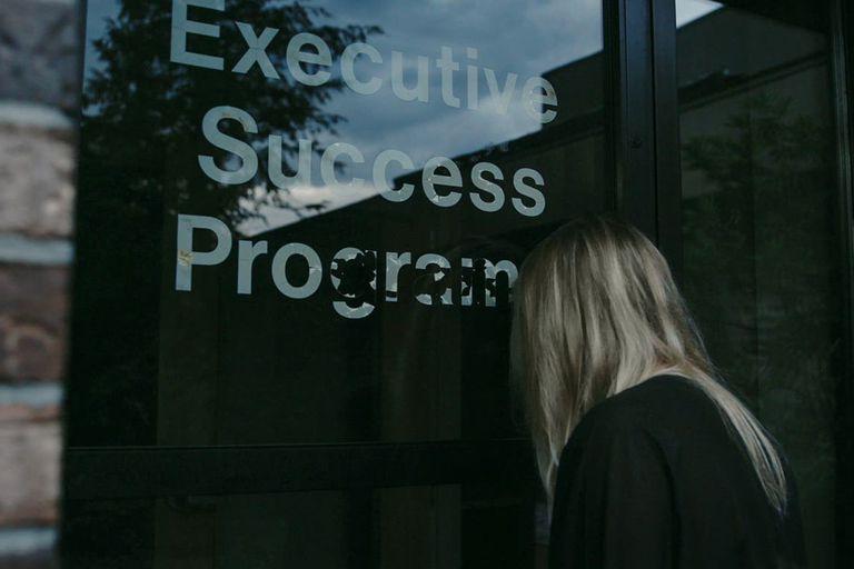 La secta NXIVM se escondía bajo la fachada de una organización empresarial