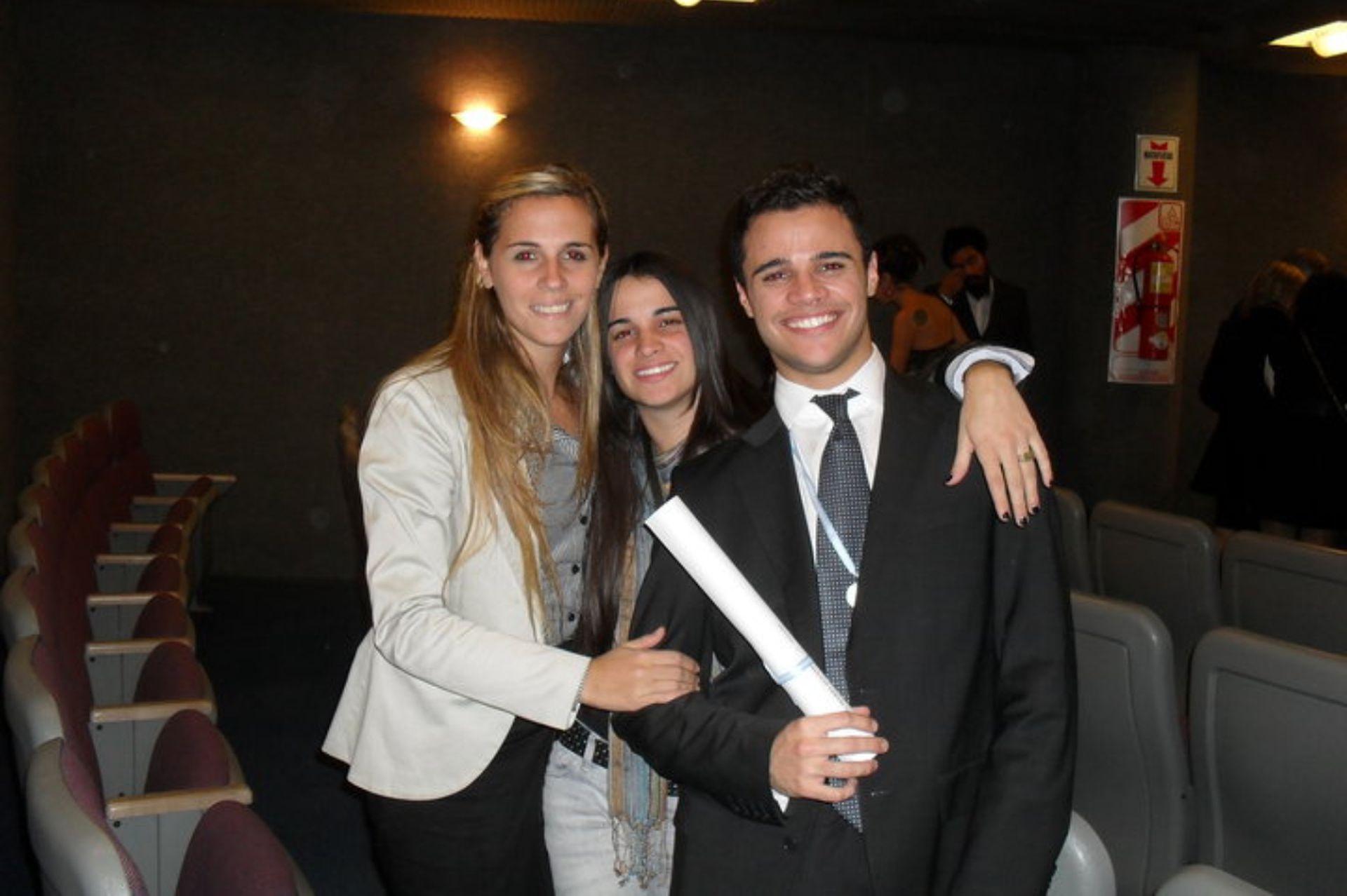 Mario Vivas, muchos años atrás, cuando se recibió de odontólogo en Buenos Aires.