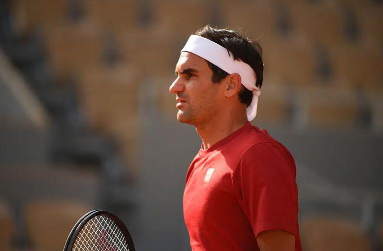 Un nuevo intento de Roger Federer, en los primeros torneos de su vuelta tras una larga inactividad; el suizo de 39 años compite en Roland Garros, pero apunta a Wimbledon.