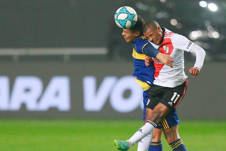 Lucha en lo alto; River y Boca entregaron un duelo olvidable desde el juego