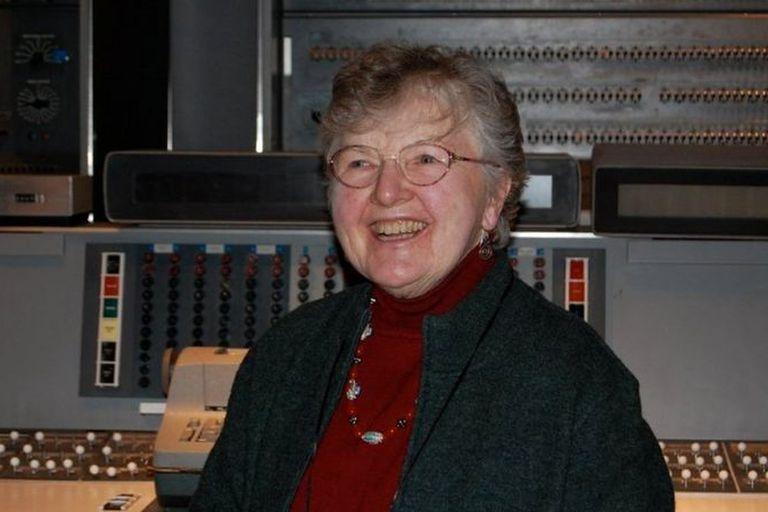 Frances Allen, la mujer que hizo que las apps de tu teléfono carguen rápido