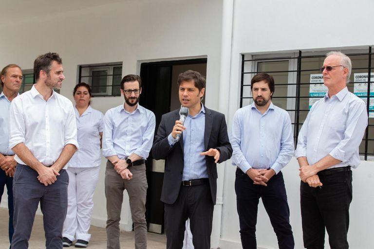 El gobernador lanzó la advertencia al inaugurar un centro sanitario en Pilar