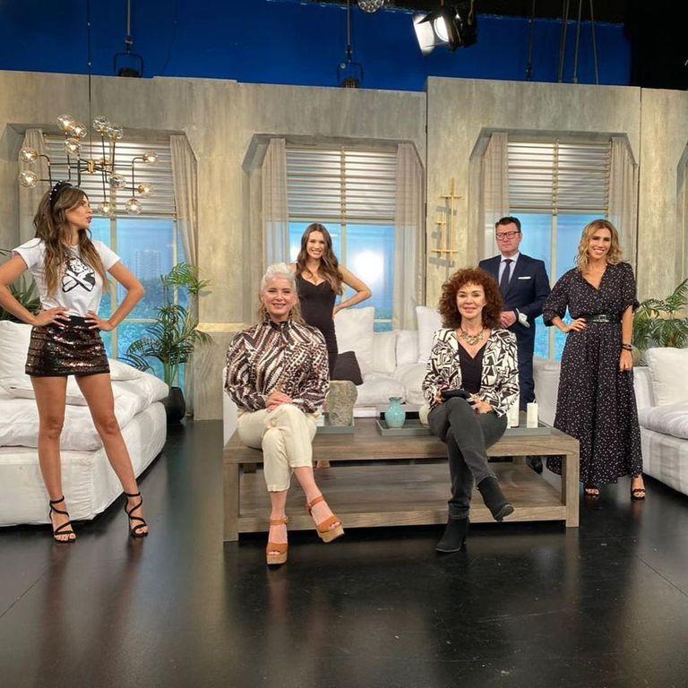 """Patricia Palmer y Cecilia Dopazo fueron invitadas a Pampita Online, el programa que conduce Carolina """"Pampita"""" Ardohain."""
