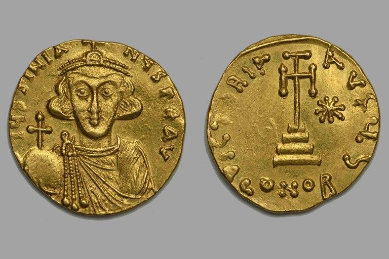 Moneda de oro con el busto frontal de Justiniano II
