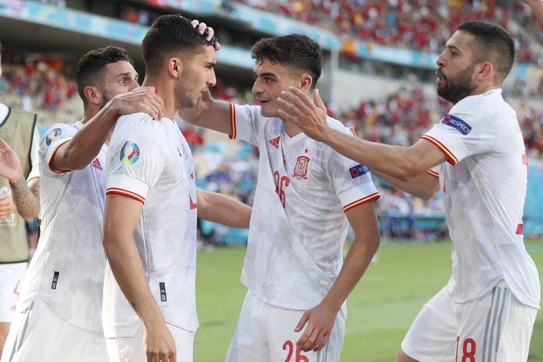 España consiguió el pasaje a los octavos de final con su goleada sobre Eslovaquia por la Eurocopa 2020.
