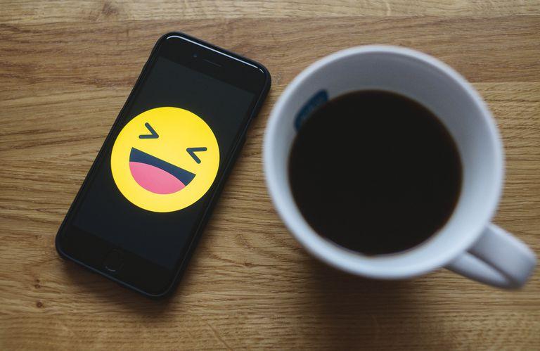 Efectos jurídicos de emojis y likes