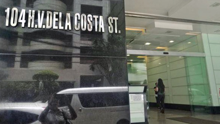 El complejo donde se encuentra la embajada argentina en Filipinas