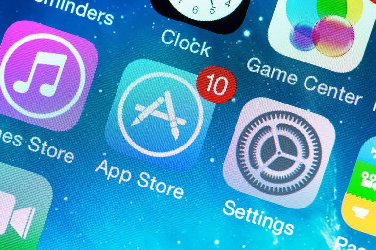 Una investigación del Washington Post muestra cómo la tienda de aplicaciones de Apple tiene software fraudulento que factura millones de dólares