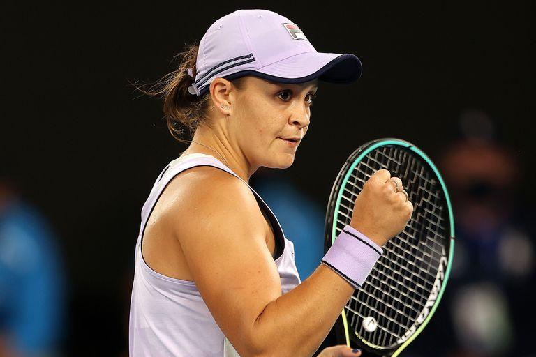La australiana Barty celebra un punto ganado: ya está en cuartos de final del Grand Slam de su país.