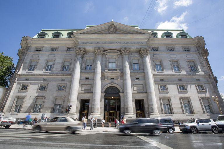"""Un """"concurso nacional de ideas"""" busca reformar la planta baja de la sede central del Banco de la Nación Argentina"""
