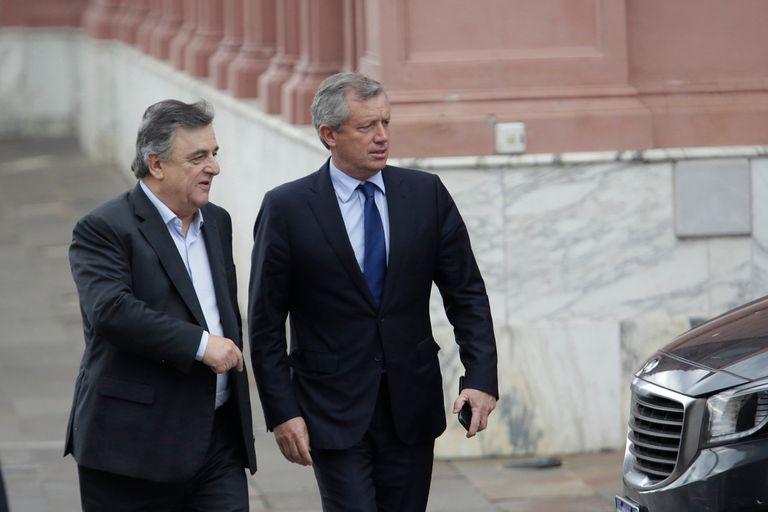 Mario Negri y Emilio Monzó se reunieron con el jefe de la bancada kirchnerista, Agustín Rossi