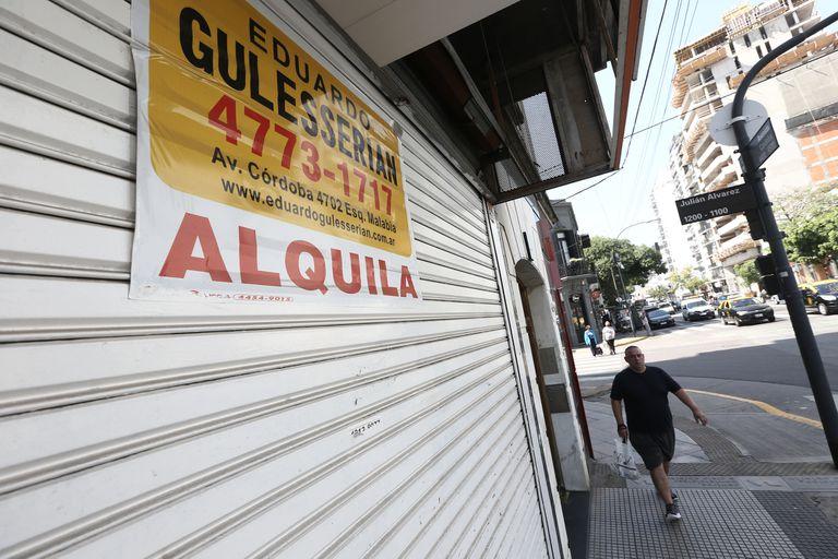 Los locales cerrados, en alquiler o en venta, crecen en la Ciudad