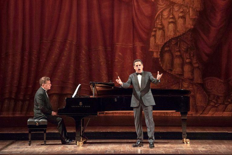 Entre la ópera y el tango, Flórez hizo vibrar al Colón