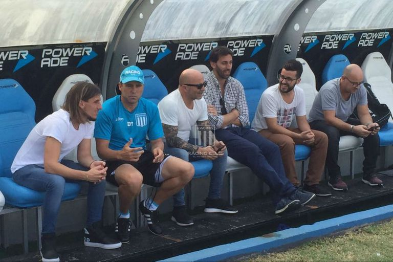 Jorge Sampaoli visitó a Lautaro Martinez en el entrenamiento de Racing