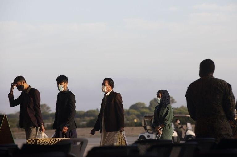 31-08-2021 Refugiados afganos llegan a la Base Naval de Rota donde serán atendidos por EEUU. A 31 de agosto de 2021, en Rota (Cádiz, Andalucía, España). POLITICA María José López - Europa Press