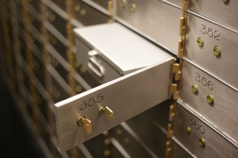 Instalarán cajas de seguridad en shoppings y barrios privados, con acceso todo el día
