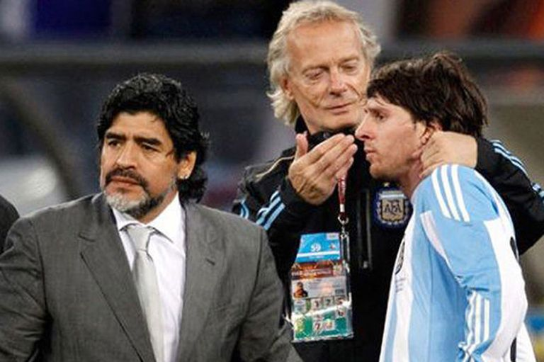 Signorini, ex preparador físico de Maradona, defendió a Messi y criticó al DT