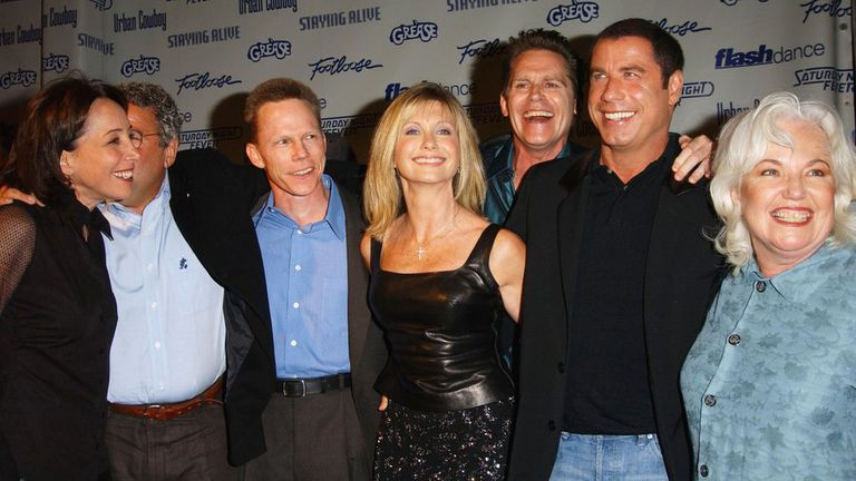 En 2002, con motivo de los 90 años de Paramount Pictures, la mayoría del elenco se reunió en Los Ángeles.