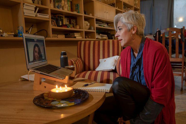 Un grupo de ONG ayuda al personal de salud que lucha contra el Covid