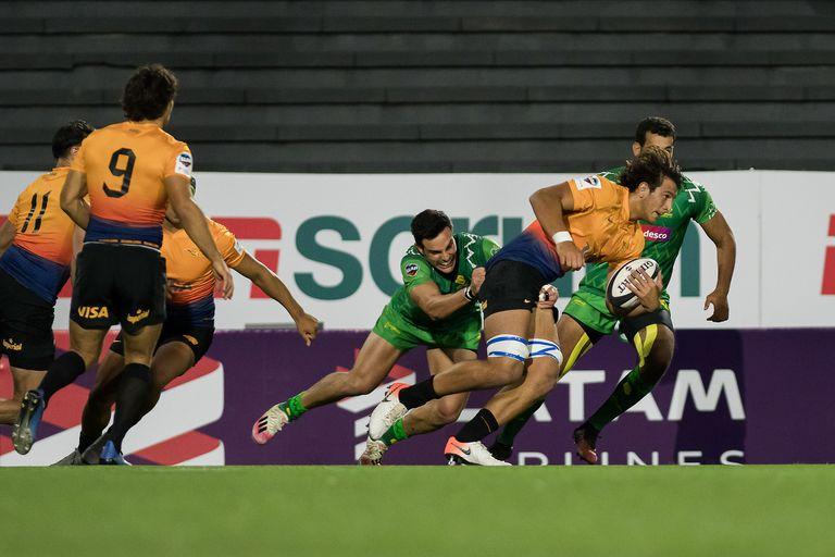 Escena del partido que disputaron Jaguares XV y Cobras XV por la Superliga Americana de Rugby 2021