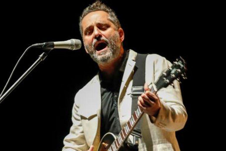 Tras la cancelación de sus shows en Costa Rica Jorge Drexler decidió hacer un concierto íntimo vía Facebook Live