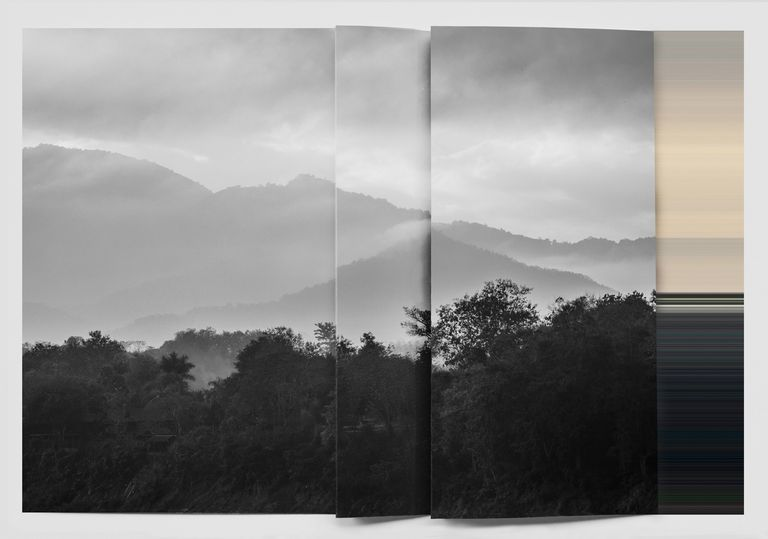 """Paisaje sobre paisaje"" es una serie de ocho fotos"