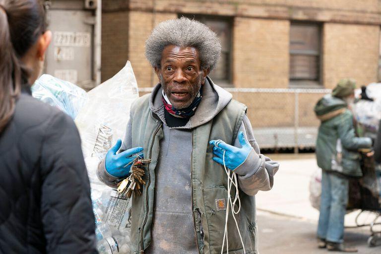 """El actor André De Shields, ganador de un Emmy y un Tony, en la escena de """"Ley y orden: Unidad de víctimas especiales"""" El programa, un empleador habitual de los grandes actores teatrales por rodarse en Nueva York, decidió emplear a diez intérpretes por episodio este año"""
